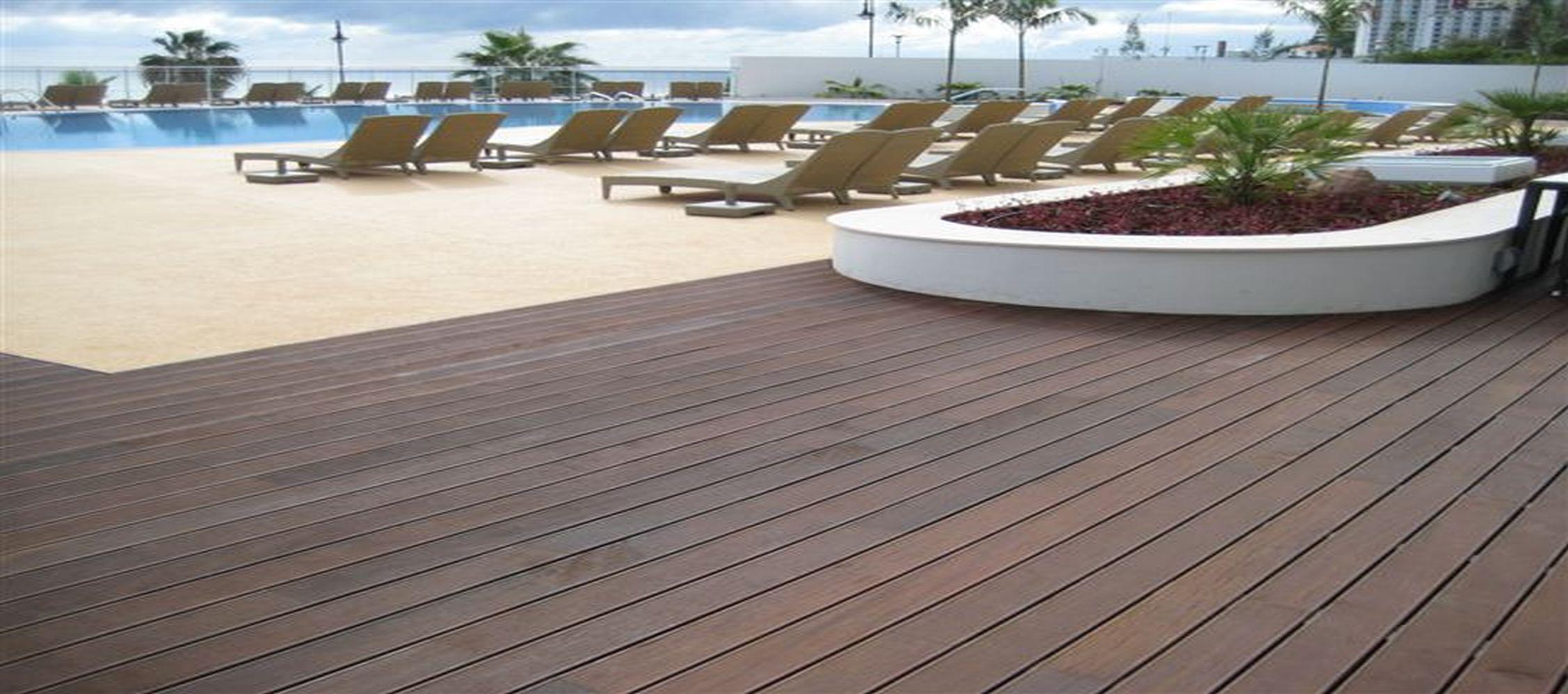 piso deck piscina